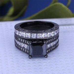 Black and White Diamond Wedding Ring 2 Piece Set 9